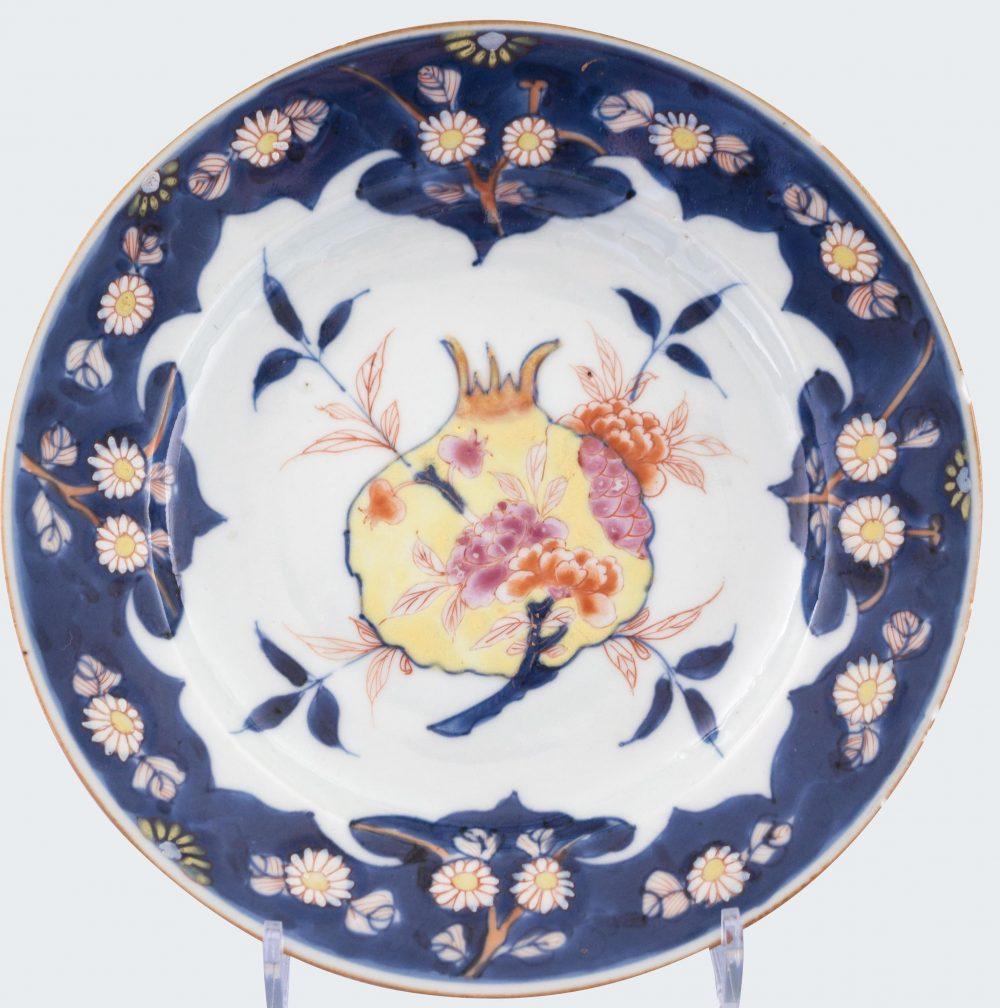 Porcelaine Fin de l'époque Kangxi (1662-1722) ou début de l'époque Yongzheng (1723-1735), Chine