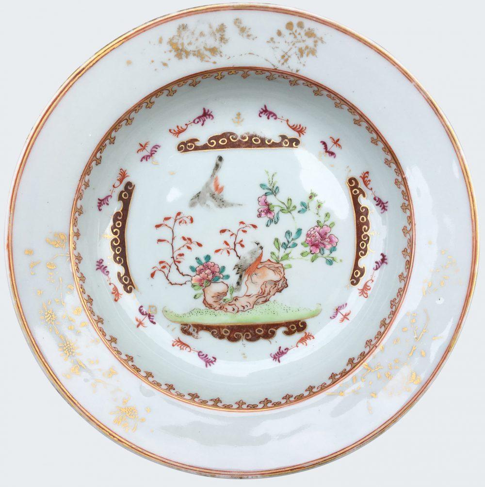 Famille rose Porcelaine Fin de l'époque Yongzheng (1723-1735), début de l'époque Qianlong (1736-1795), Chine
