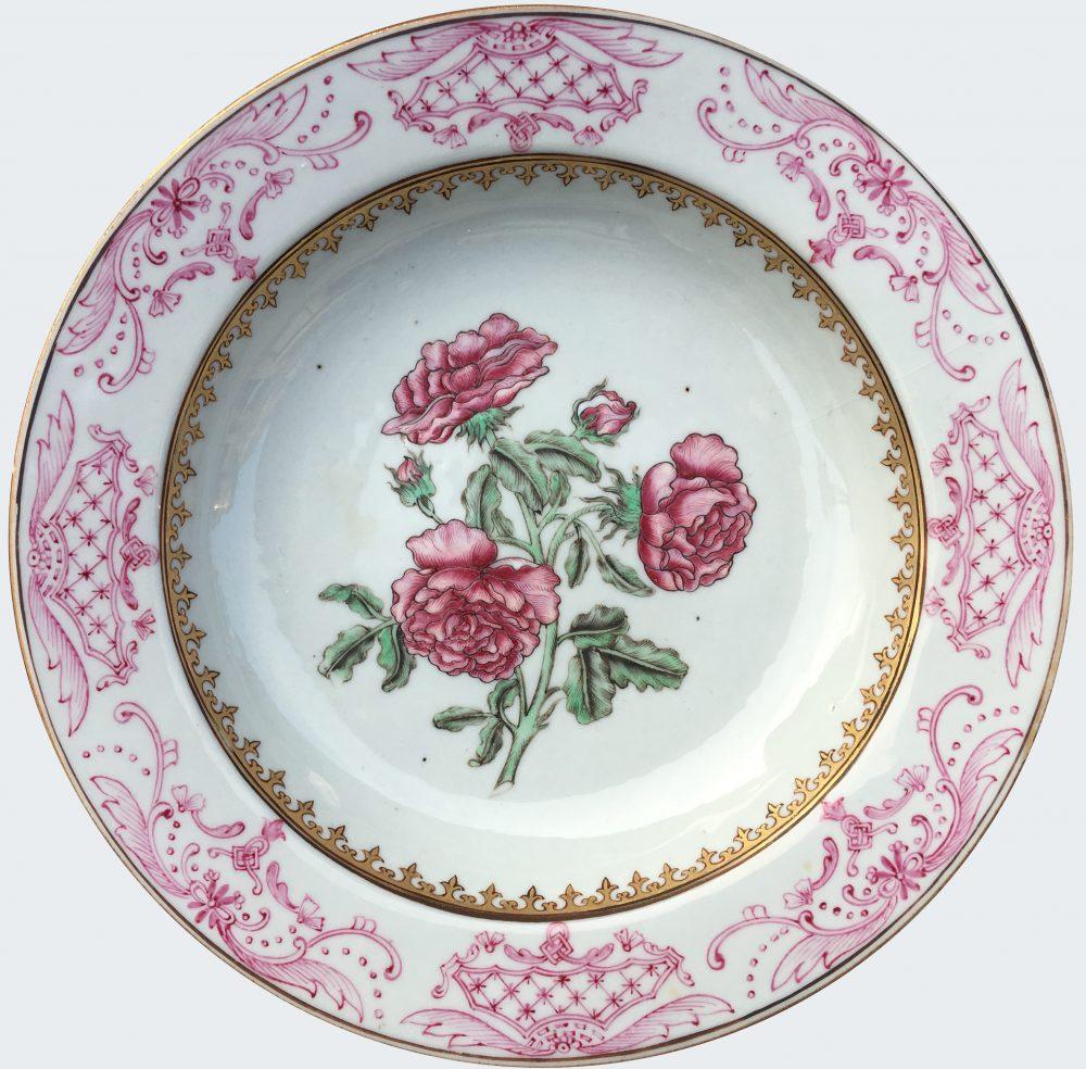 Porcelaine Fin de l'époque Yongzheng (1723-1735), début de la période Qianlong (1736-1795), circa 1730-1740, Chine