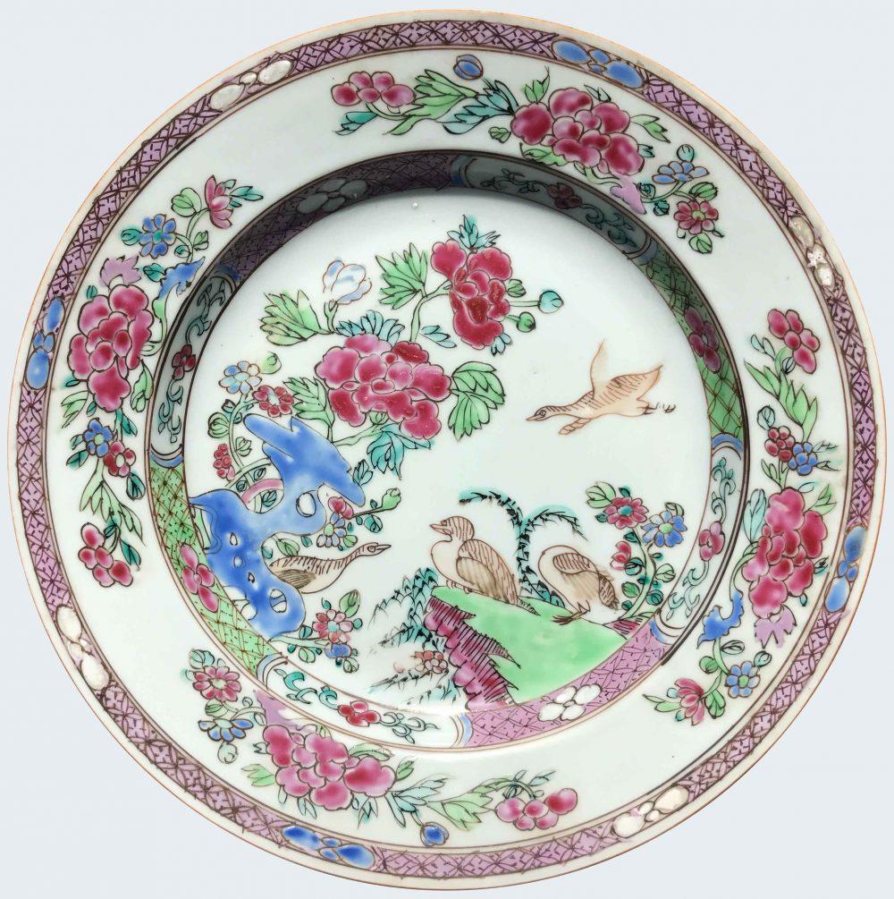 Famille rose Porcelaine fin de l'époque Yongzheng (1723-1735), début de l'époque Qianlong (1736-1795), circa 1730-1750, Chine
