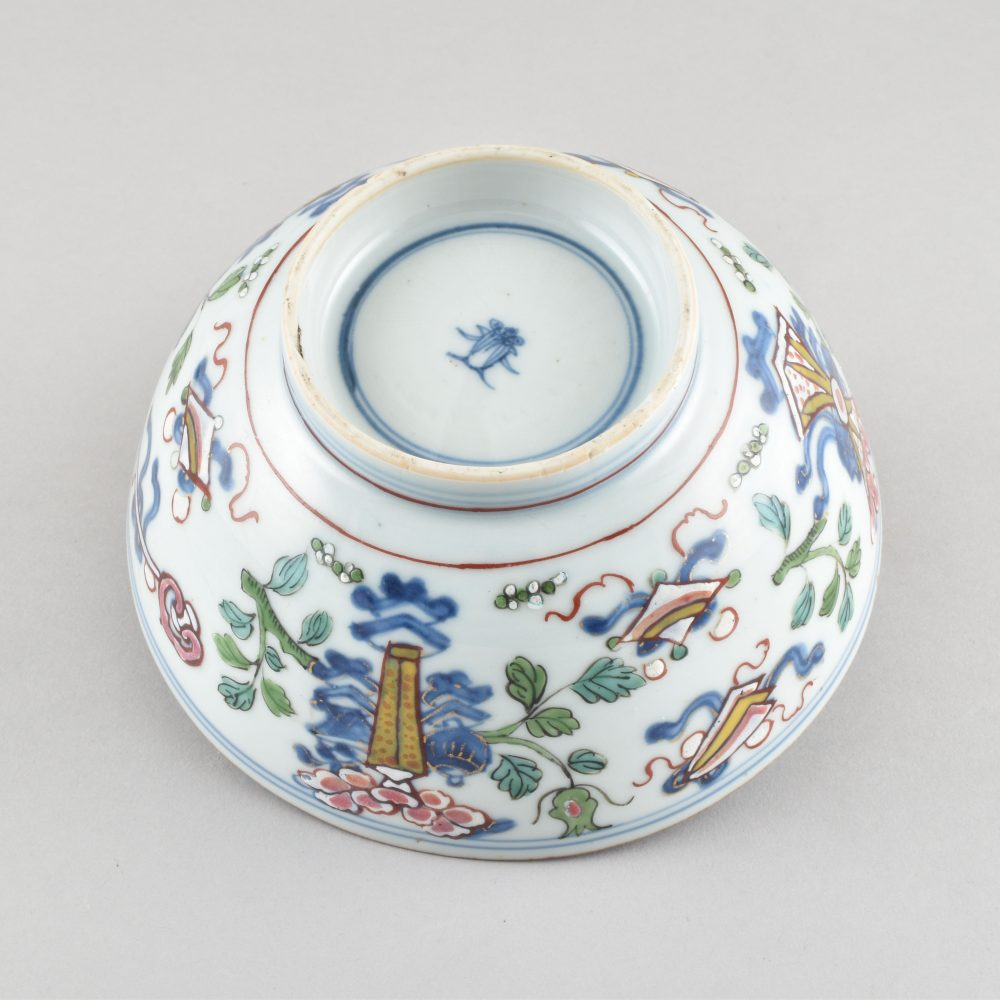 Porcelaine la porcelaine Kangxi (1662-1722) ; le décor Qianlong, vers 1740/1750, Chine